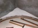 Die erste Schicht eine Gips-Leim-Grundierung
