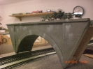 eine Betonbrücke für die Spurweite 0e